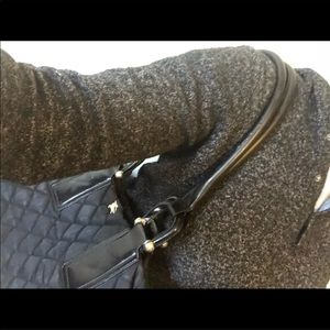 Burberry Bags - Auth well loved Burberry tote